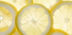 tips voor witte tanden citroen